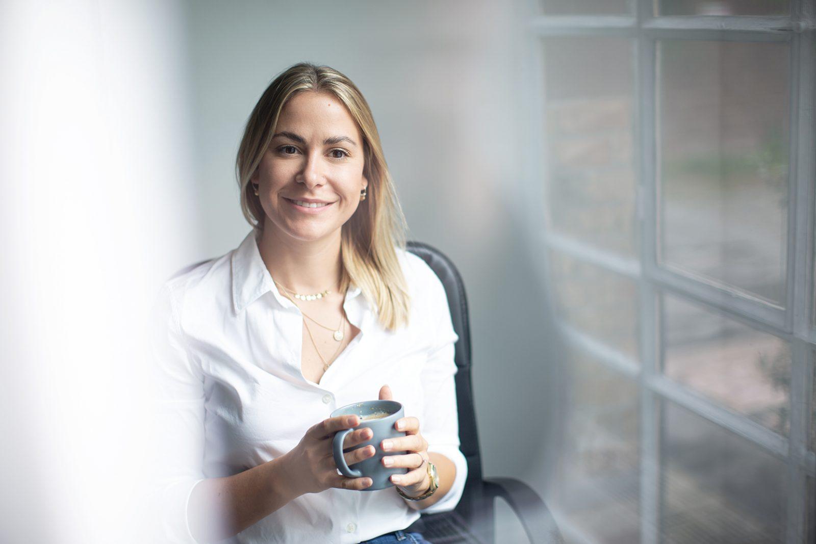 Alina Kosmowski Webdesignerin und CEO PixxelHouse